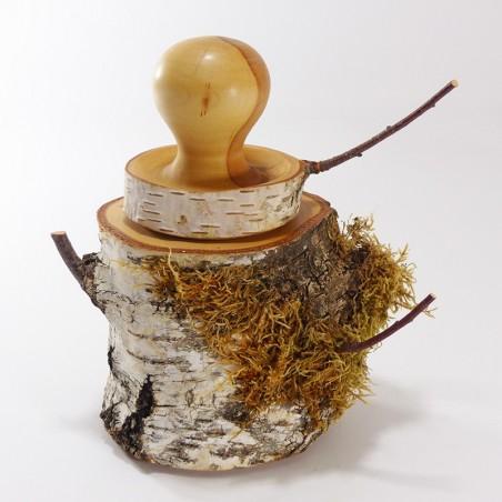 Boîte ronde et hirsute en bois