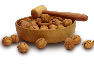 Casse-noix en bois avec maillet
