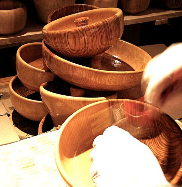 casse-noix en bois finition huile dure